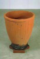 https://www.carolinanitsch.com/files/gimgs/th-104_104_sct-0029-vase.jpg