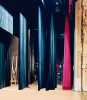 https://www.carolinanitsch.com/files/gimgs/th-193_HOF-0001-Theatre-Municipal-Calais-II.jpg
